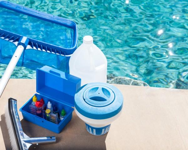 empresa limpiezas piscinas